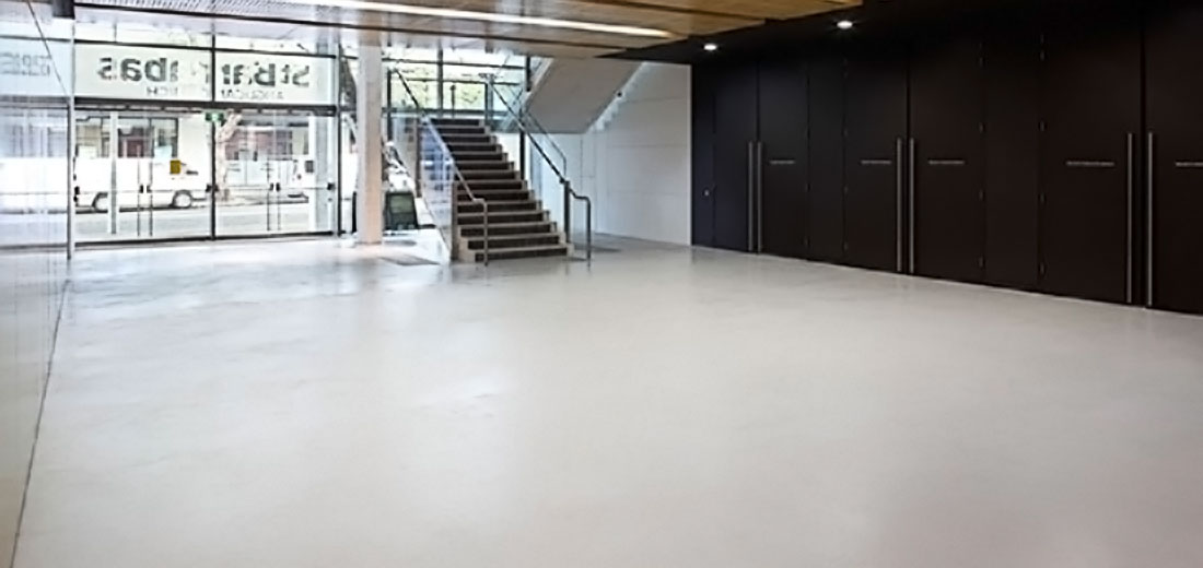 seamless polished cement finish in Broadway